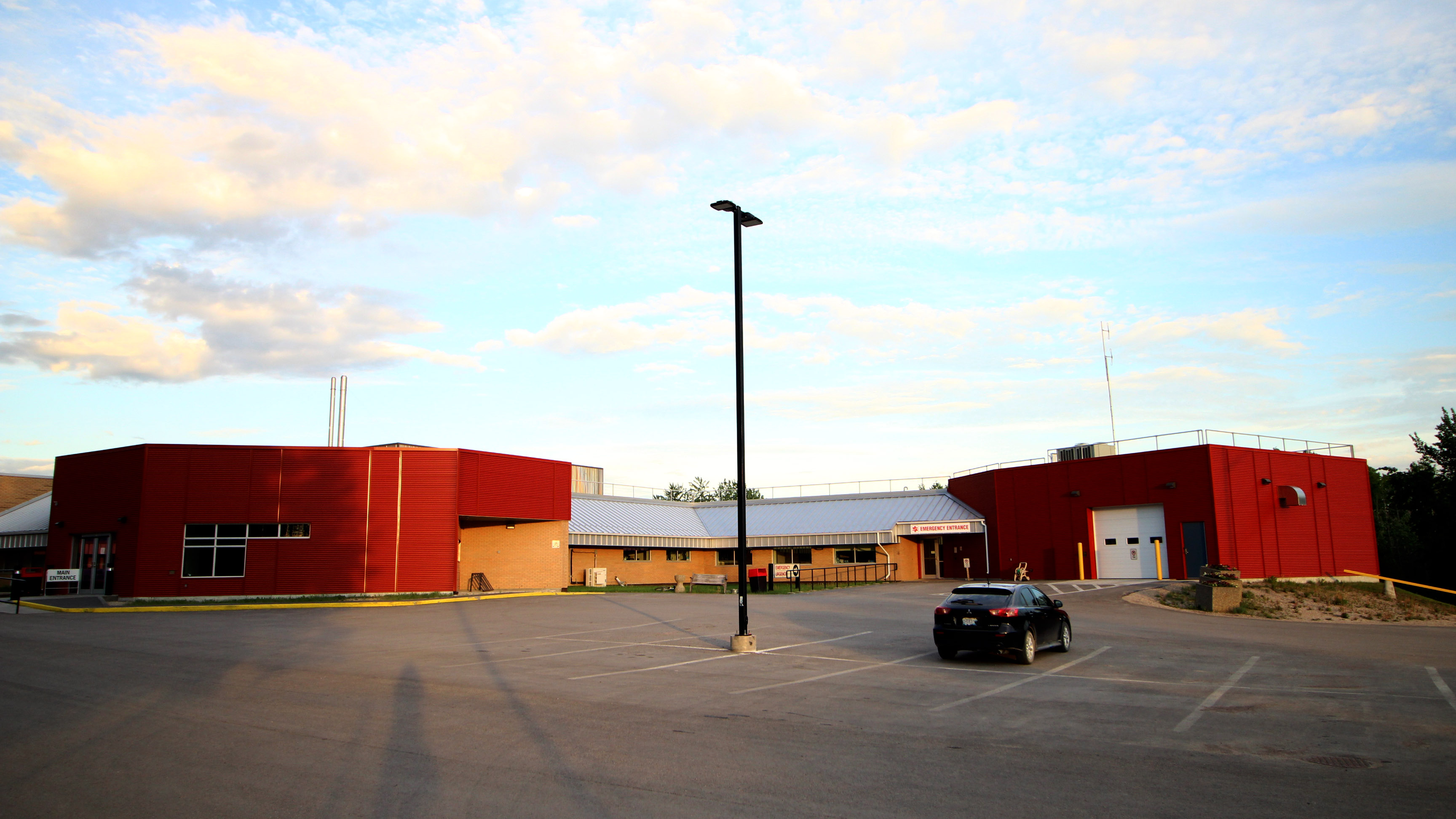 A file photo of the Fort Smith Health Centre. Sarah Pruys/Cabin Radio
