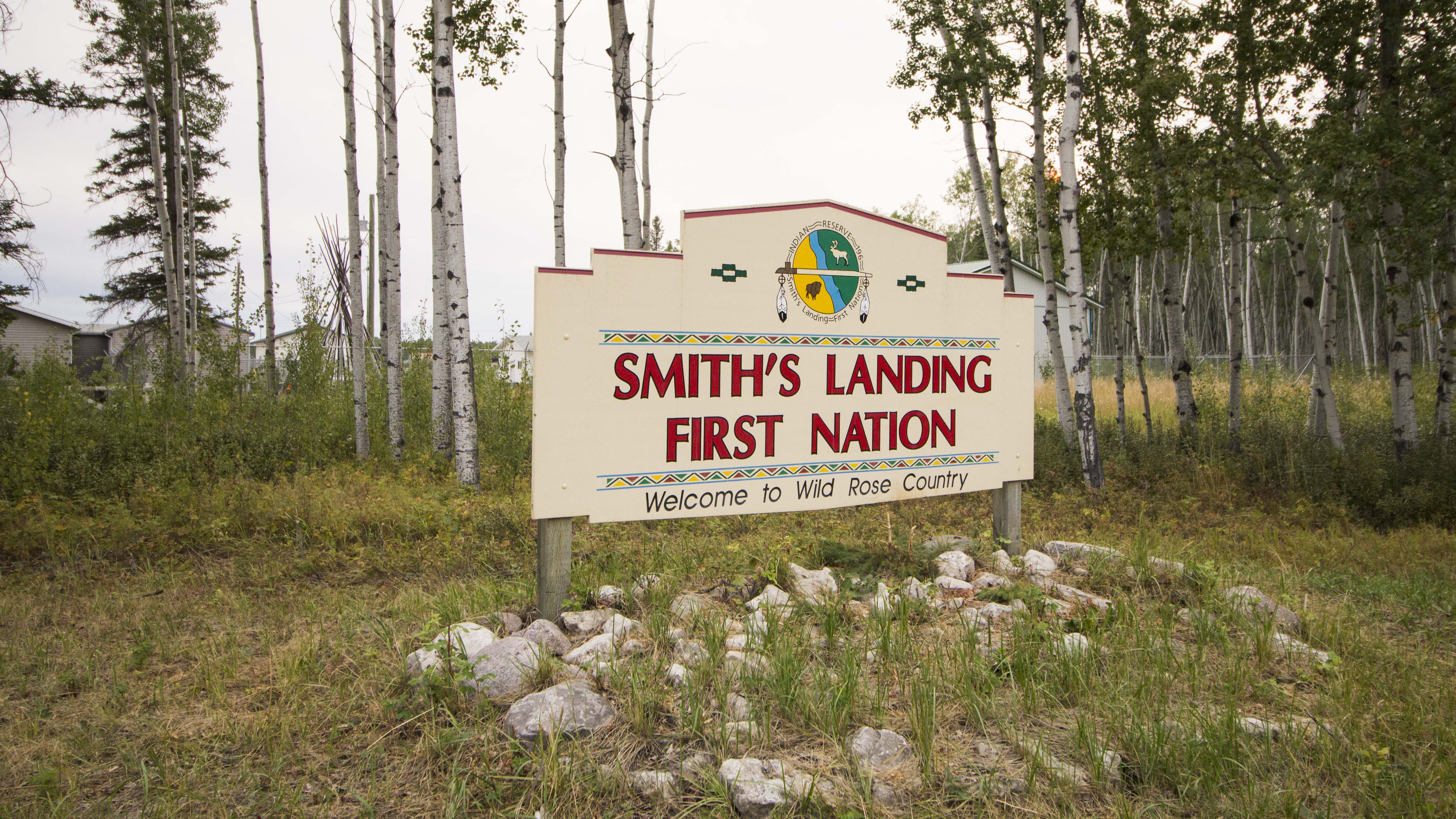 A file photo of the Smith's Landing First Nation sign from August 2018. Sarah Pruys/Cabin Radio