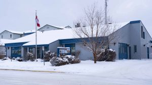 A file photo of the Hay River RCMP detachment in November 2018. Sarah Pruys/Cabin Radio