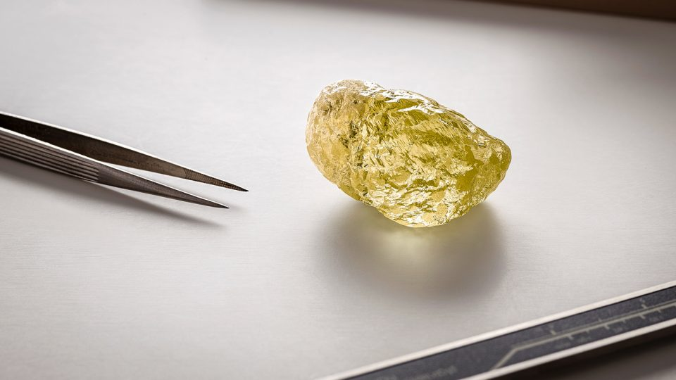 A photo issued by Dominion Diamond Mines shows a diamond claimed to be the largest uncovered in North America