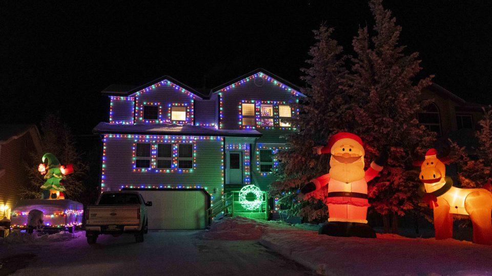 Yellowknife Christmas lights: Santa and Rudolph on Rivett Crescent