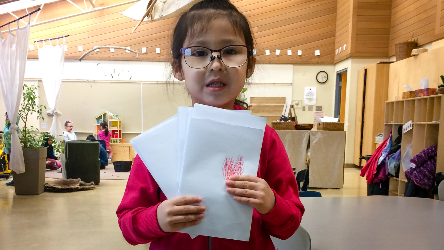Carley Fabian holds letters of love for students and staff at Chief Sunrise Education Centre