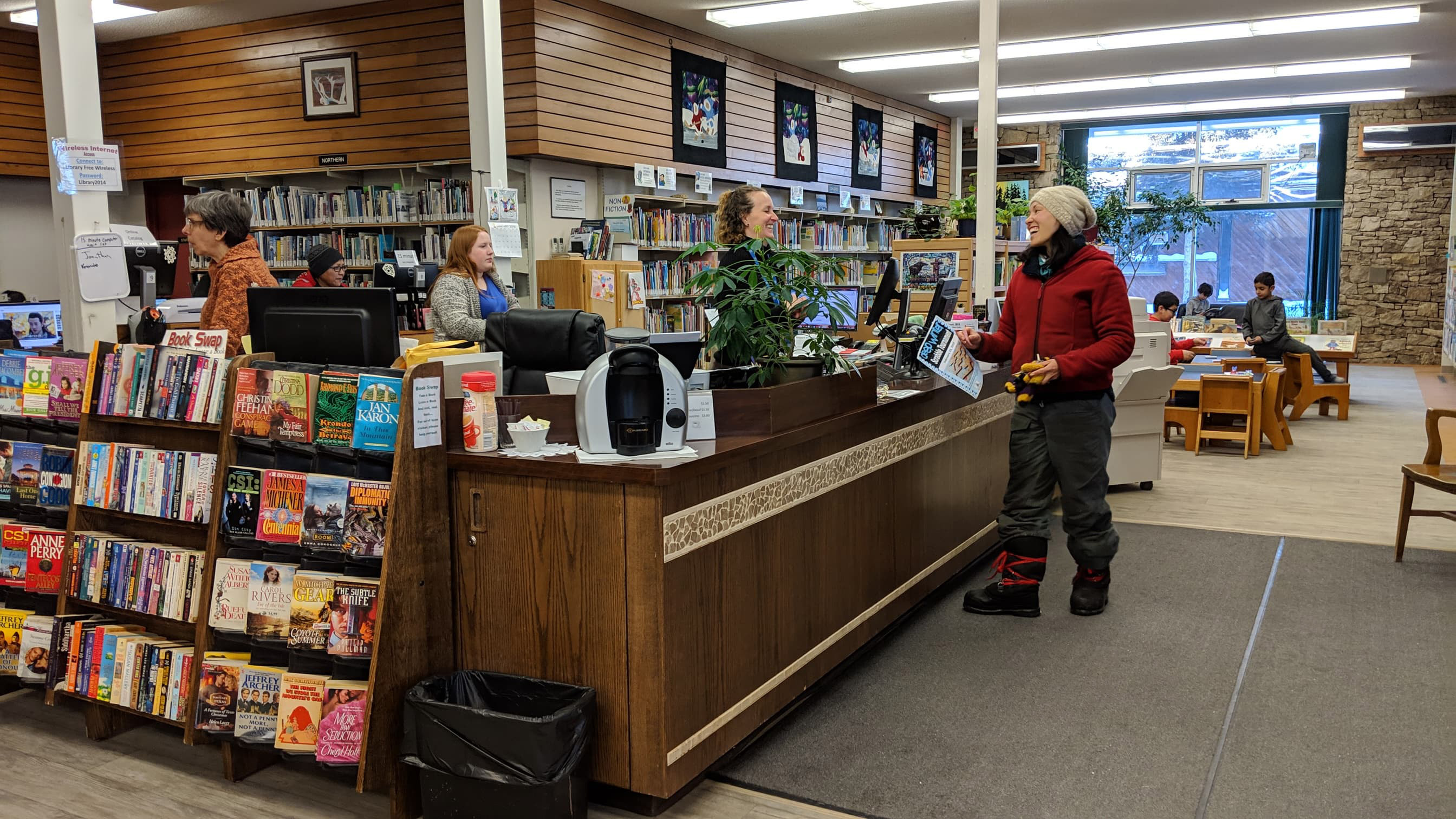 A file photo of the public library in Hay River in February 2019. Sarah Pruys/Cabin Radio