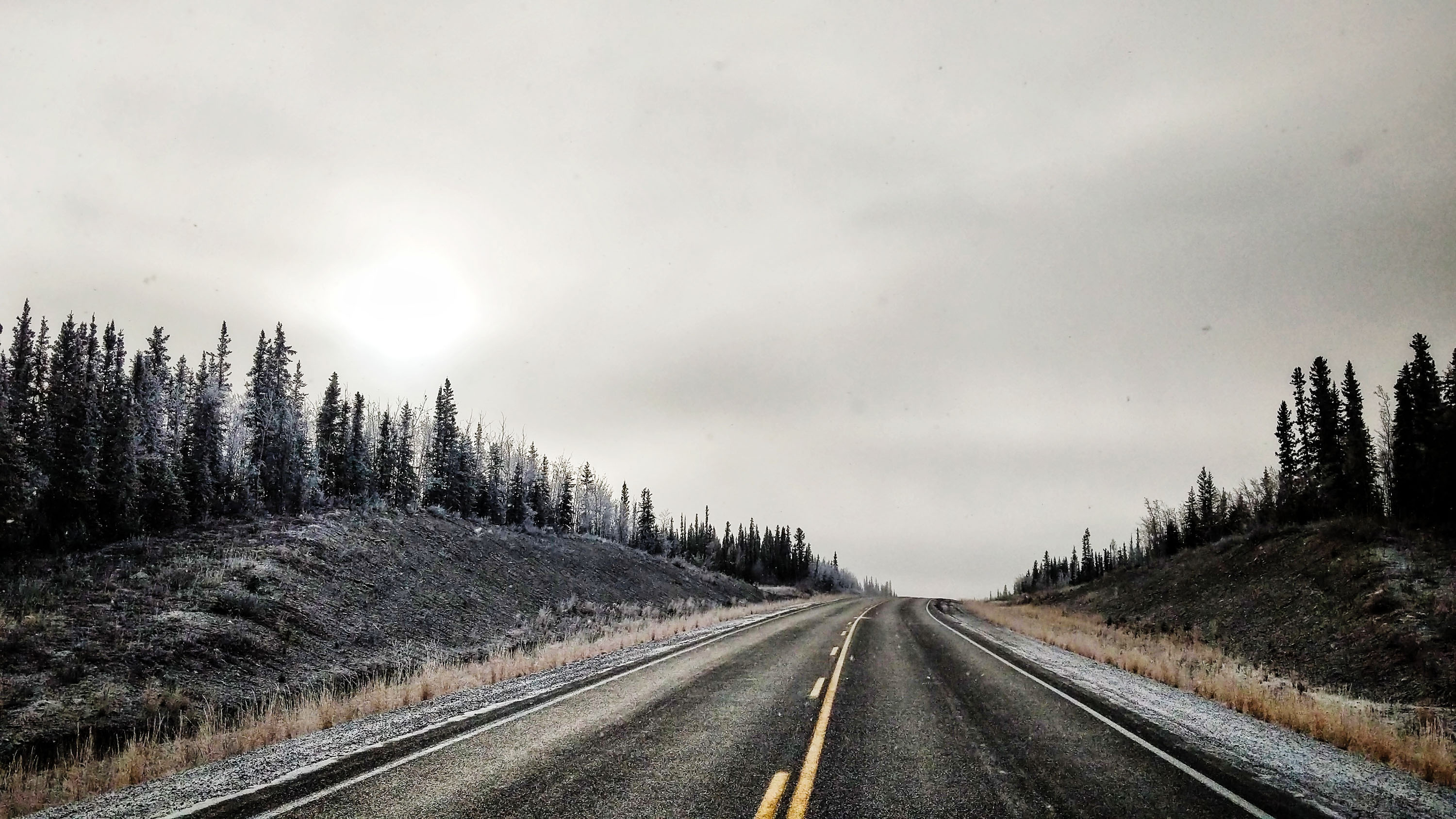 A file photo of a Northwest Territories highway. Ollie Williams/Cabin Radio
