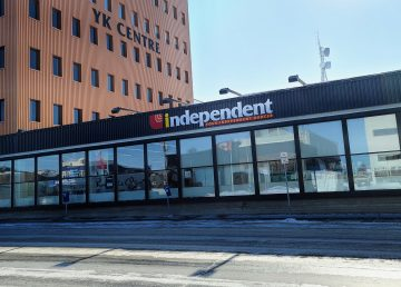 Outside Yellowknife's downtown Independent grocery store in April 2020