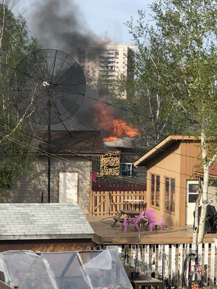 The fire took place in a downtown Yellowknife residential neighbourhood. Photo: Aaron Black