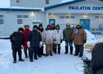 Munaqsiyit monitors and Paulatuk community members participating in SmartICE training in Paulatuk January 2020