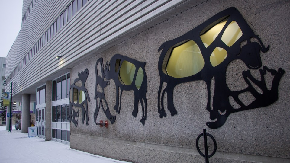 A file photo of the Yellowknife Courthouse. Luisa Esteban/ Cabin Radio