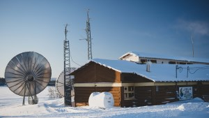 A file photo of the Łútsël K'é First Nation office in February 2021. Sarah Pruys/Cabin Radio