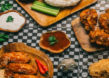 Yellowknife's newest addition to the chicken wing market, Wing Freak, opened last week