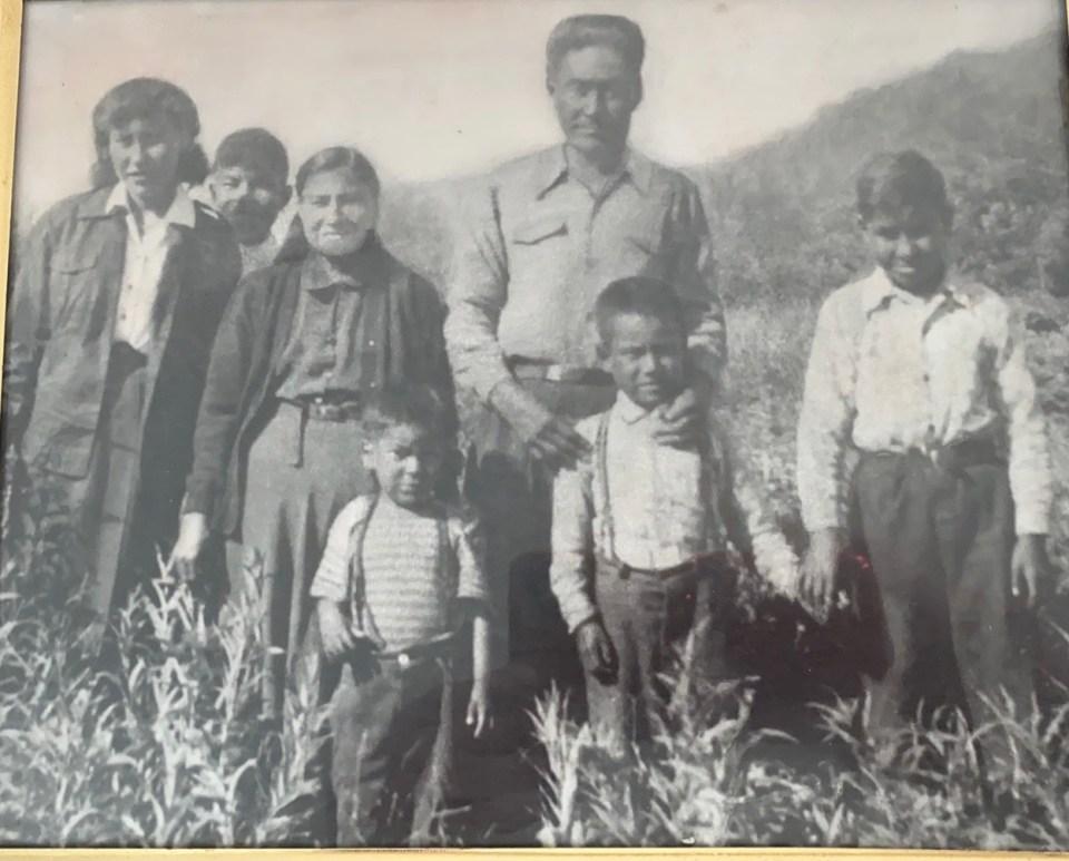 Shawna Yamkovy's grandparents and their children in Łútsël K'é during summer residential school holidays