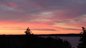 Yellowknife sunset at Pilot's Monument. Luisa Esteban/ Cabin Radio.