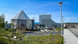 Aurora Research Institute in Inuvik. Luisa Esteban/ Cabin Radio.