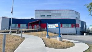 Inuvik RCMP detachment. Luisa Esteban/ Cabin Radio.