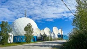 New North Networks building in Inuvik. Luisa Esteban/ Cabin Radio.