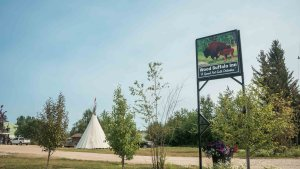 The Wood Buffalo Inn in Fort Smith in August 2021. Sarah Pruys/Cabin Radio